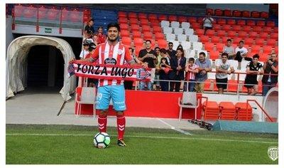 Sergio Díaz sufre lesión en la rodilla jugando en Lugo