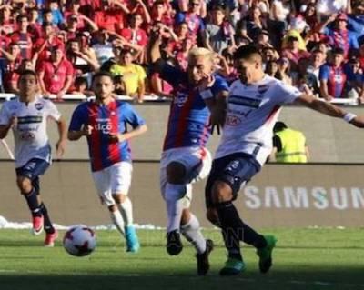 Se atornilla a la punta y asegura la Libertadores