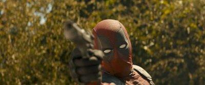 """Pintando con Wade en nuevo teaser de """"Deadpool 2"""""""