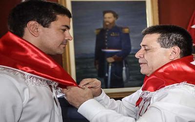 """Cartes saluda al """"próximo presidente del Paraguay"""" por su cumpleaños"""