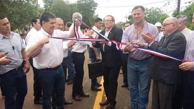 HABILITAN PAVIMENTO ASFÁLTICO DEL TRAMO RUTA 6 BELLA VISTA-RÍO PARANÁ