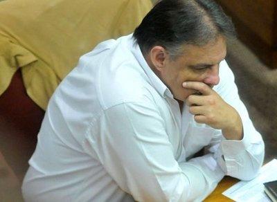 FG explica abstención en sesión extra