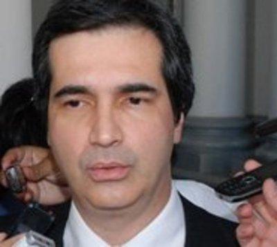 Filizzola se defiende: Compromete voto para desaforar a González Daher