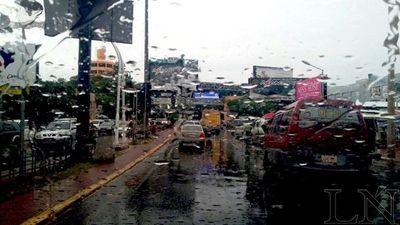 Activan alerta por tormentas para 8 departamentos