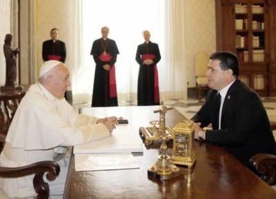 "Cartes se reunió por sexta vez con ""José María Bergoglio"""