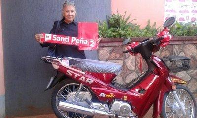Ganadora de la moto confiesa lacerante realidad