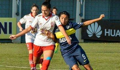 Joven misionera se destaca en el fútbol extranjero