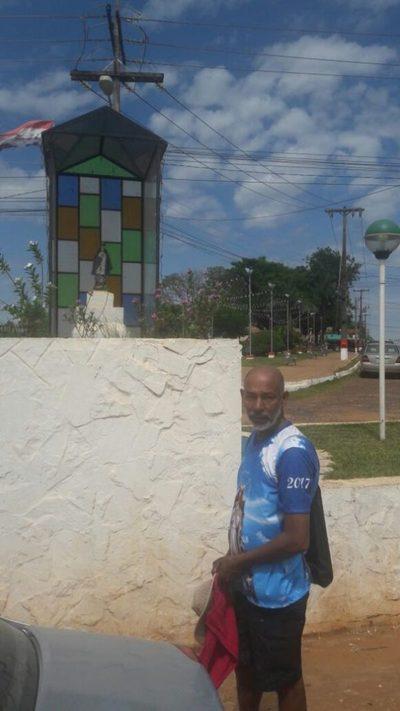 Brasileño quiere llegar caminando a Caacupé