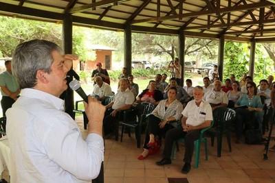 MEC anuncia inversión edilicia en todas las escuelas indígenas del país