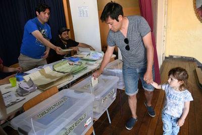 Piñeira lidera resultados preliminares de votos
