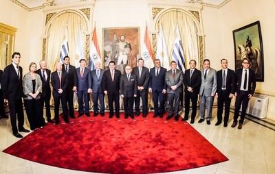Candidatura al Mundial 2030 en el Palacio de López