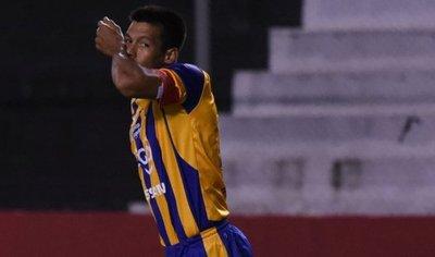 El máximo goleador de la Olla, vuelve siendo rival