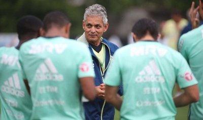 Flamengo espera hacer valer el factor local ante el Junior de Ovelar