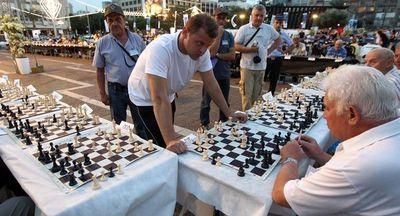 Jugadores israelíes de ajedrez piden participar en torneo en Riad