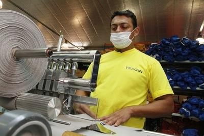 Economía paraguaya requiere una formalización más eficiente y rápida, según ONG