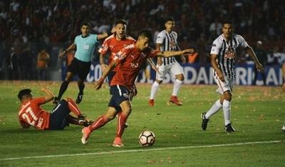 Libertad cae en Argentina y queda al margen de la Sudamericana