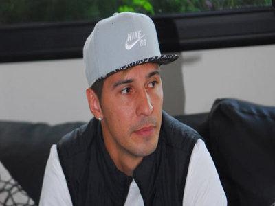 Piden captura internacional de Jonathan Fabbro por supuesta violación a una menor