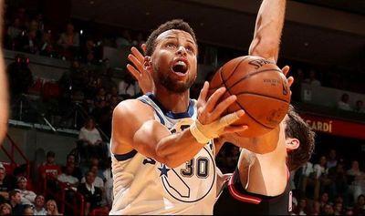NBA: Rockets y Warriors luchan por el liderato