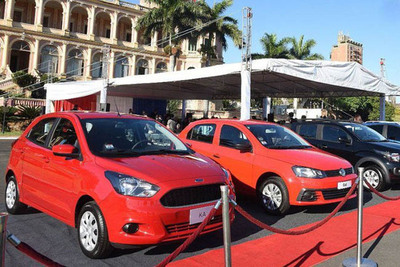Se vendieron 500 autos familiares, pero con financiamiento privado