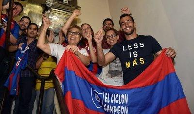 Raúl Cáceres disfruta de un nuevo título en su carrera