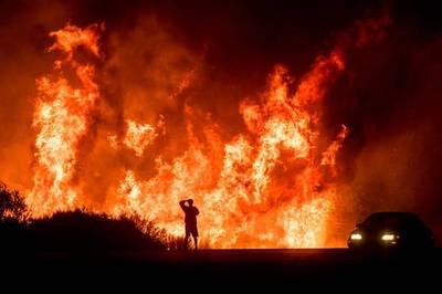 Los incendios de California ya dejan 100.000 evacuados