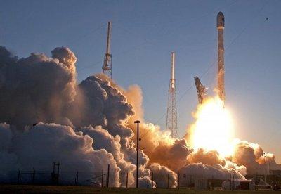 SpaceX lanza con éxito cohete reciclado