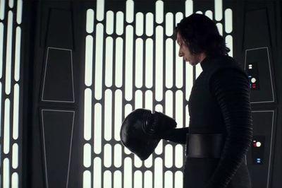 """""""Star Wars: Los Últimos Jedi"""" logra 45 millones en EE.UU. en su noche de estreno"""
