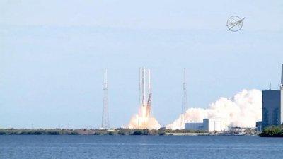 Lanzan con éxito cohete reciclado por primera vez