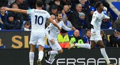 Crystal Palace sale del descenso
