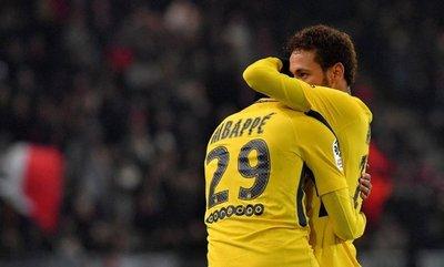 Neymar y Mbappé guían al París SG