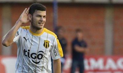 Rodrigo Bogarín es el objetivo de Cerro
