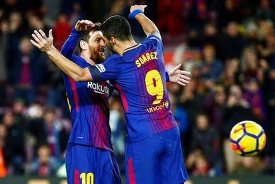 Barcelona aplasta al Deportivo con dobletes de Suárez y Paulinho