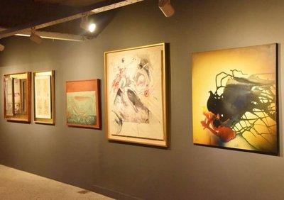 Pinturas, retratos y fotografías se exhiben en muestras gratuitas