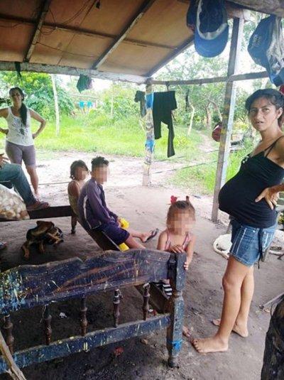 Construirán vivienda a familia de escasos recursos de Horqueta