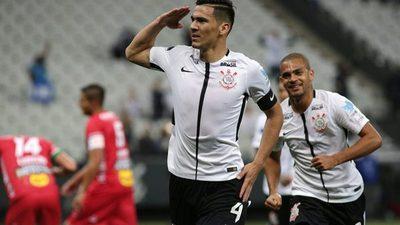 "Tres paraguayos nominados para premio ""Rey de América"""