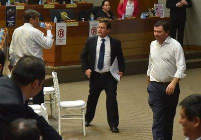Piden al PLRA postura sobre juicio a Díaz Verón