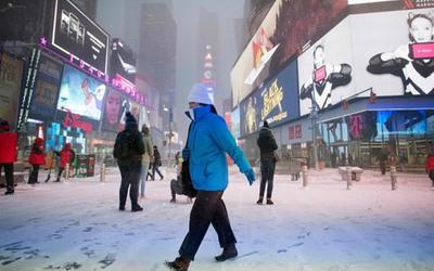 """Cómo vive Nueva York la """"Era del Hielo"""" generado por el ciclón bomba"""