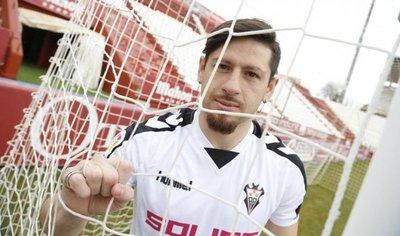 Javier Acuña fichó por Albacete porque le encanta el fútbol español
