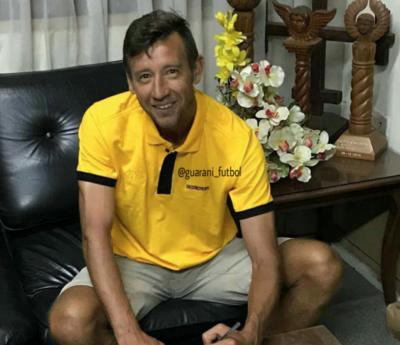 Arnaldo Vera seguirá activo en el Destroyers