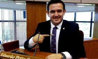 Petta asegura que sistema político perverso aun controla a Fiscales