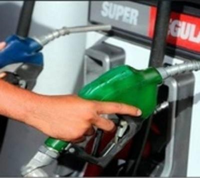 Escasez de etanol genera presión en suba de naftas
