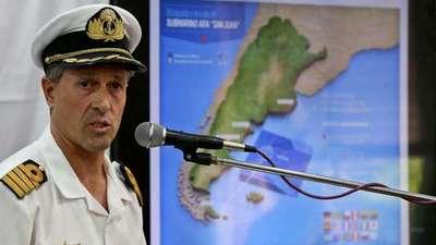 A dos meses de su desaparición, argentinos siguen buscando a submarino