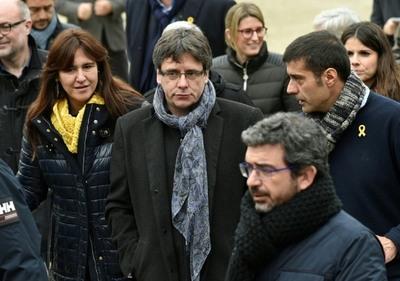 Rajoy mantendrá Cataluña bajo tutela si Puigdemont quiere gobernar