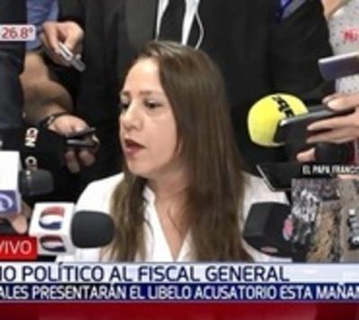 Presentan a Comisión Permanente pedido de juicio político a Díaz Verón