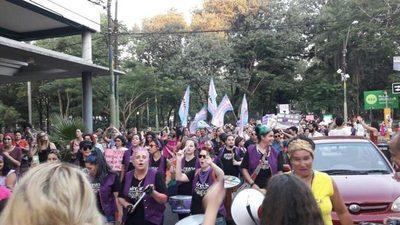 Cháke: Anuncian el segundo paro mundial de mujeres