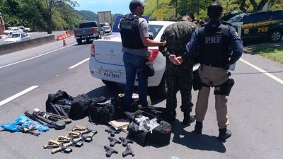 Militar brasileño de Foz de Yguazú detenido con arsenal y droga