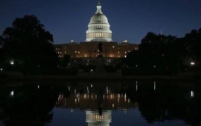 Gobierno de EE.UU inició un cierre parcial por falta de fondos