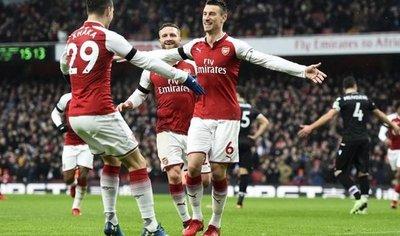 Arsenal no necesita a Alexis para golear ante el Crystal