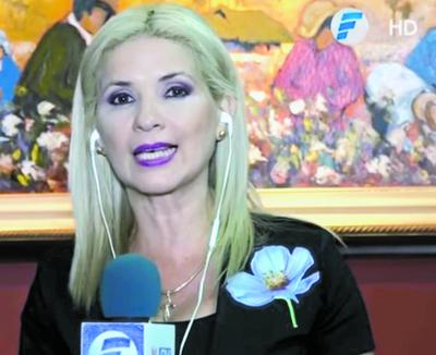 """Nuevos periodistas se quieren """"colgar"""" de Gaby León"""