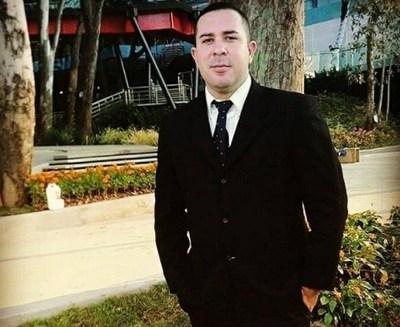 """Político despechado habría filtrado foto de """"El Guardaespaldas de las Estrellas"""""""